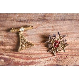 Vintage Gold Collar Pins